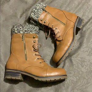 Medium brown boots